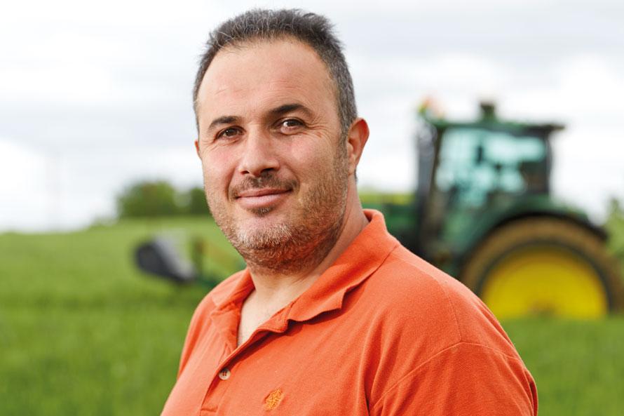 Yara farmer